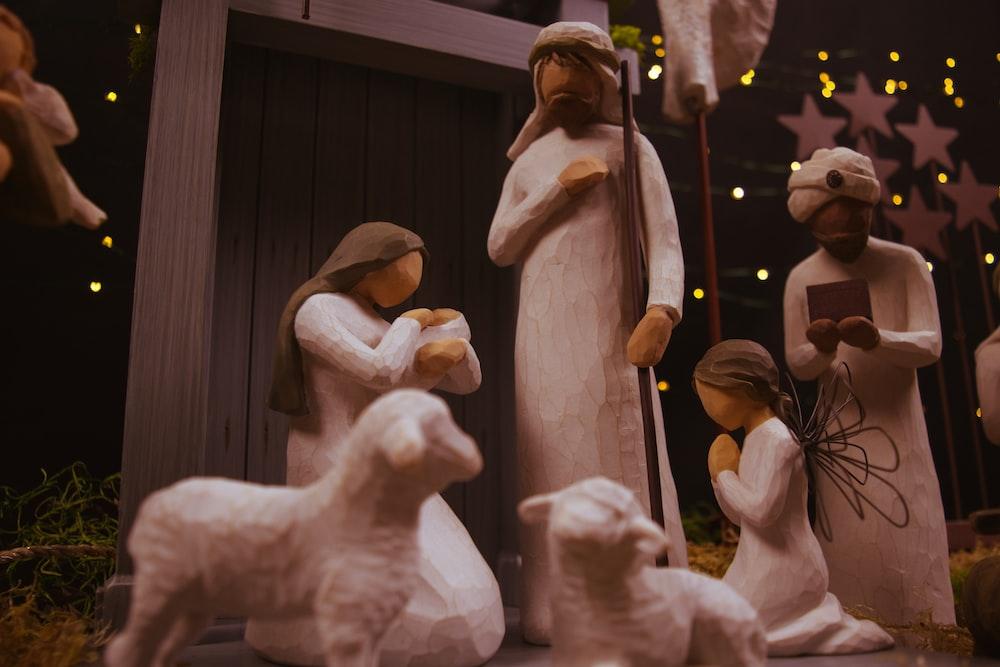 The Nativity set figurine