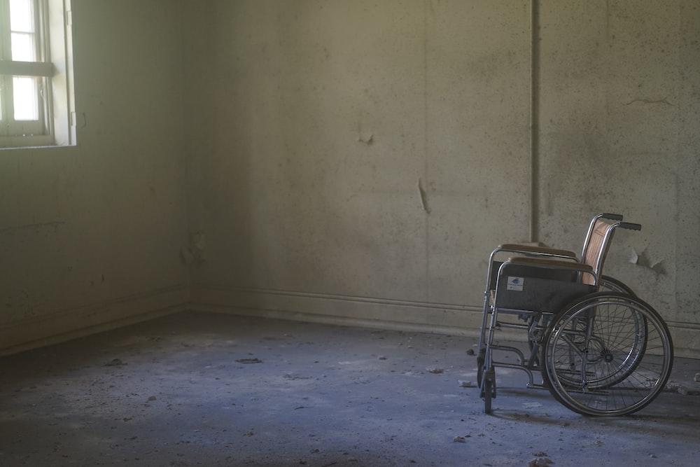 grey wheelchair
