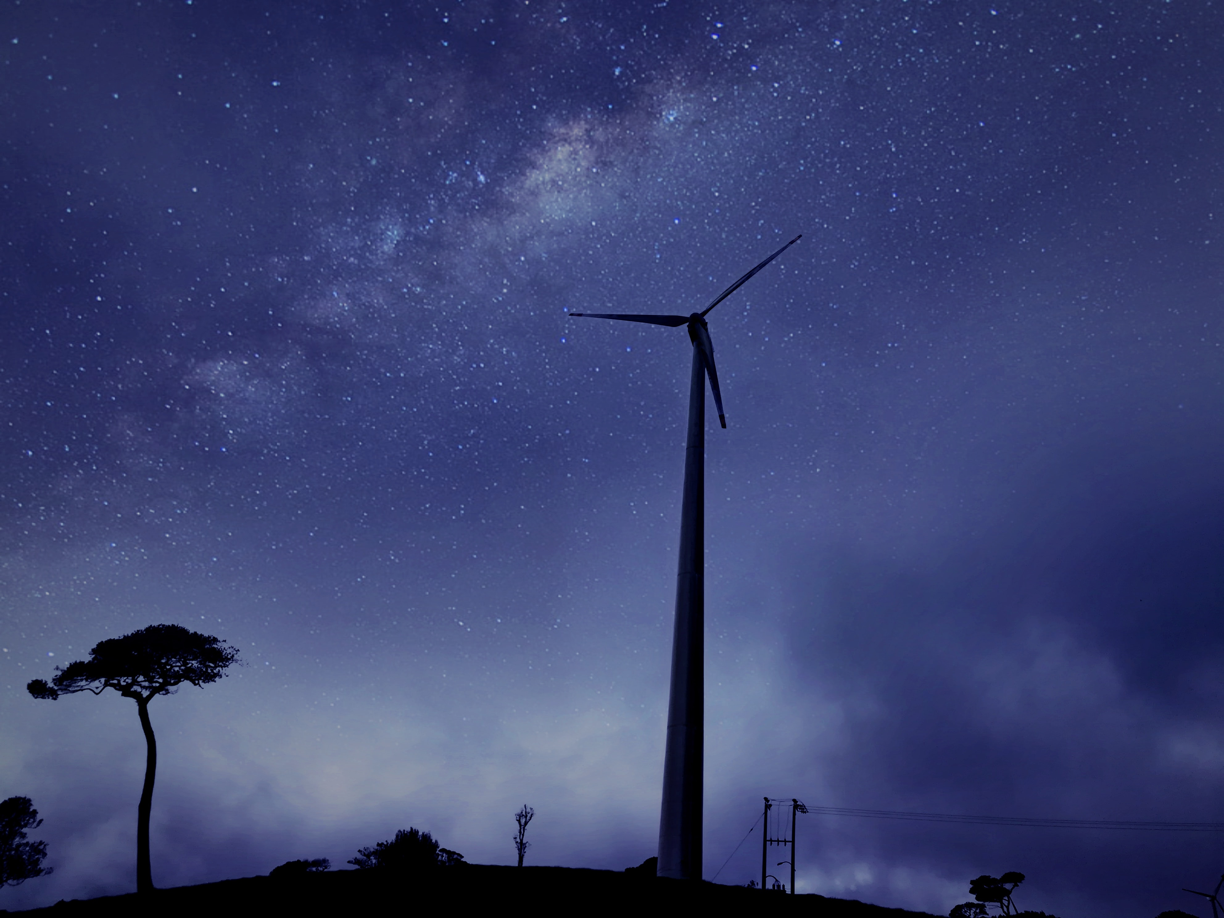 Milky Way photography above windmill