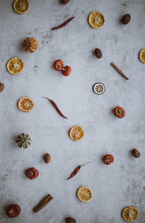 chilies, cinnamon and nutmeg