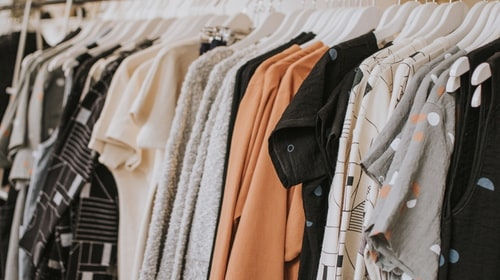 Easy Tips to Choose the Right Clothing for Your Family