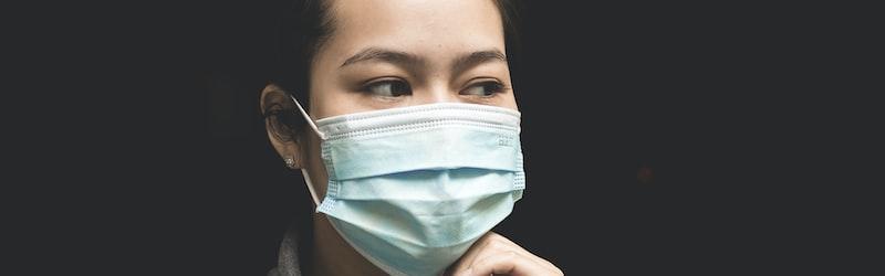 新型コロナウイルスの影響で世界でマスク不足が生じる。日本政府、各国やWHOの対応に注目。