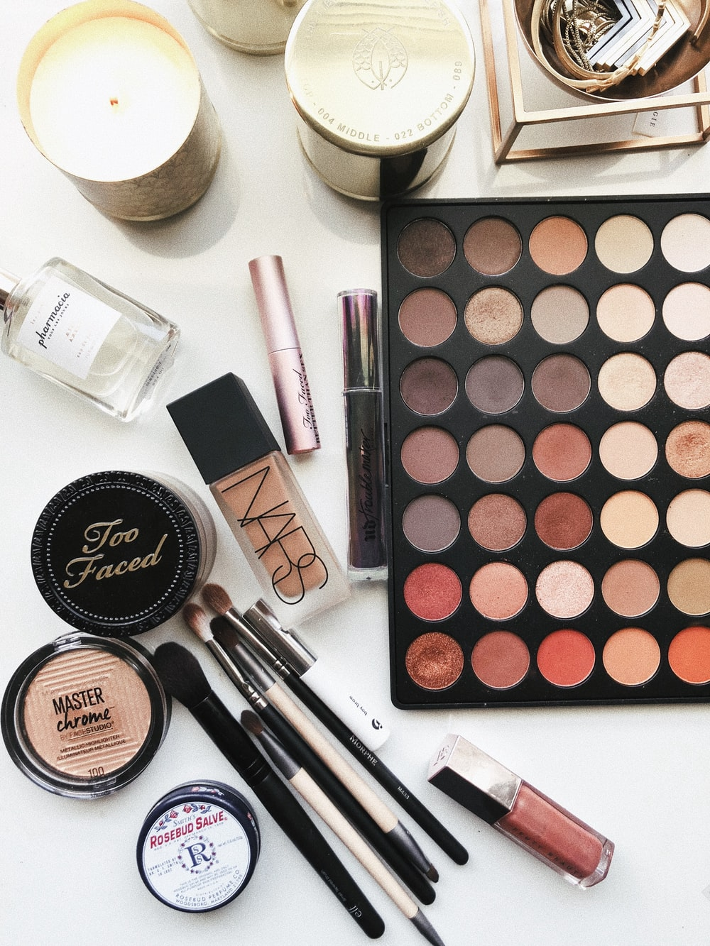 close-up photography of assorted cosmetics