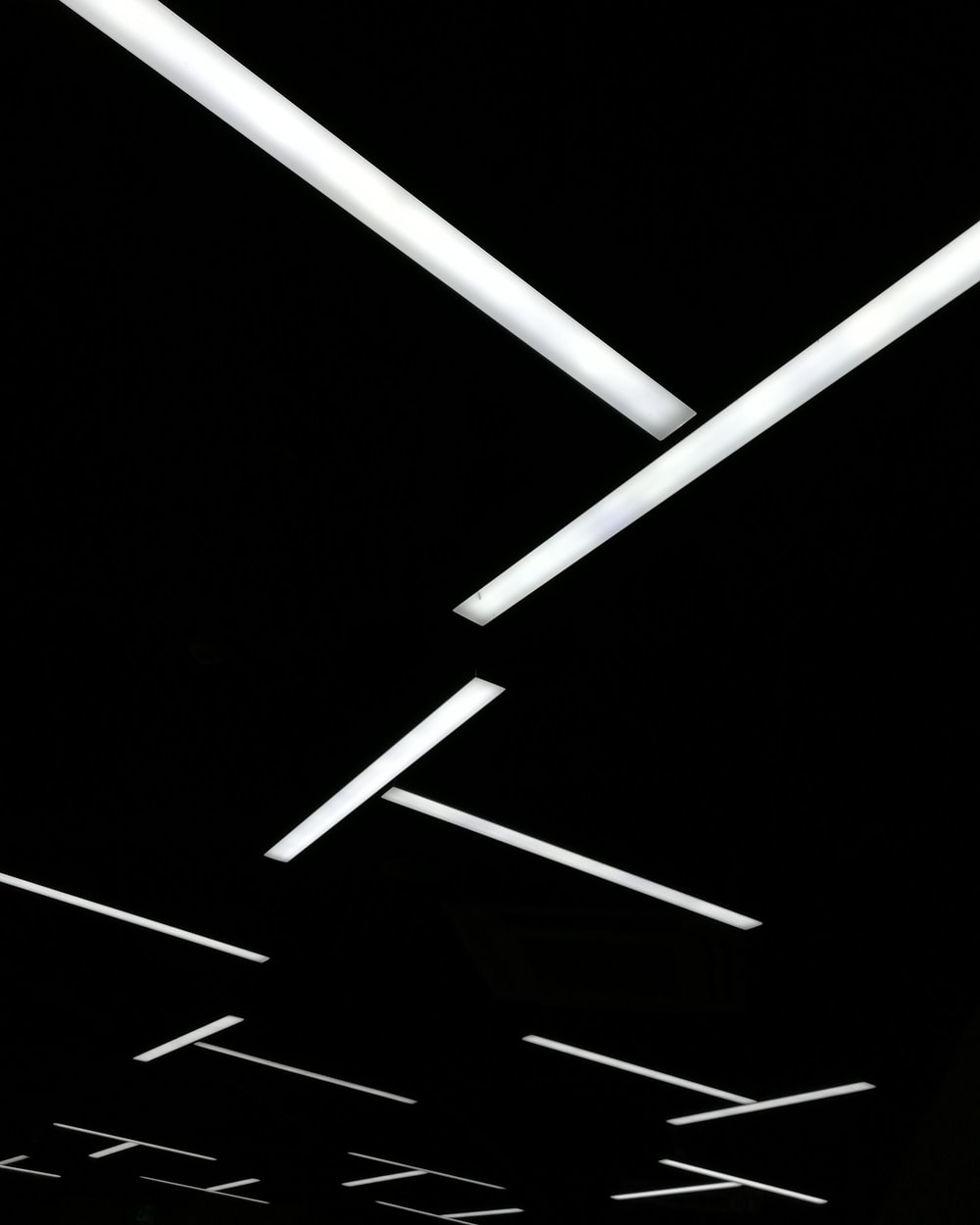 white and black wallpaper