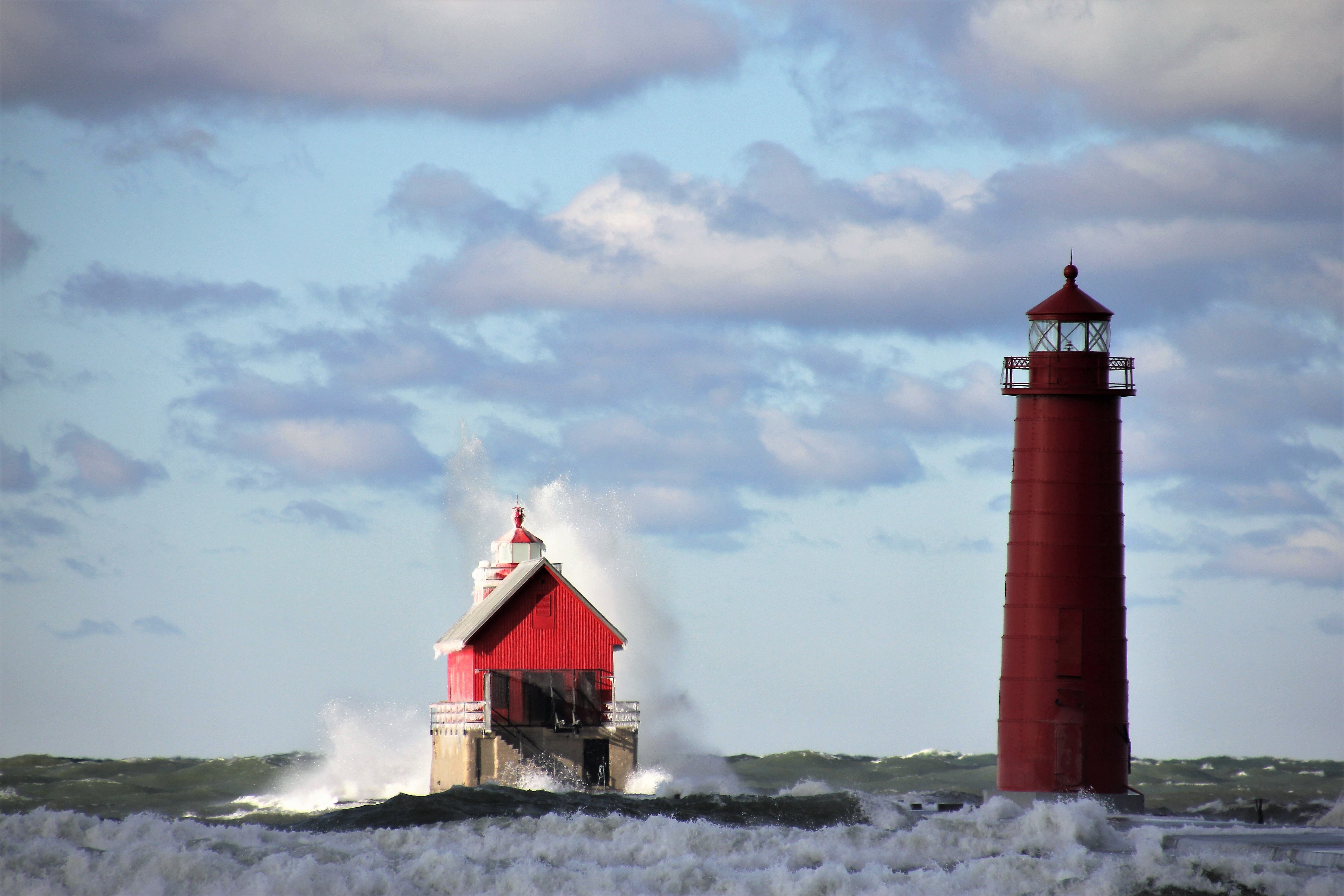 photo of red lighthouse