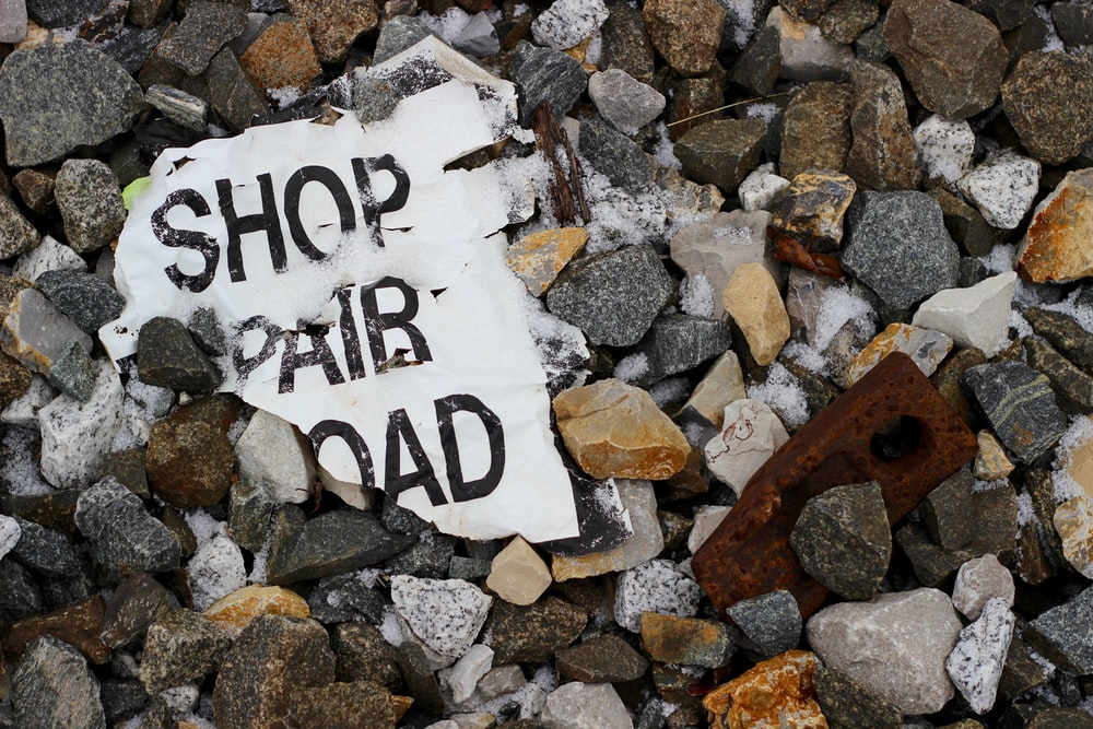 Shop Pair signage