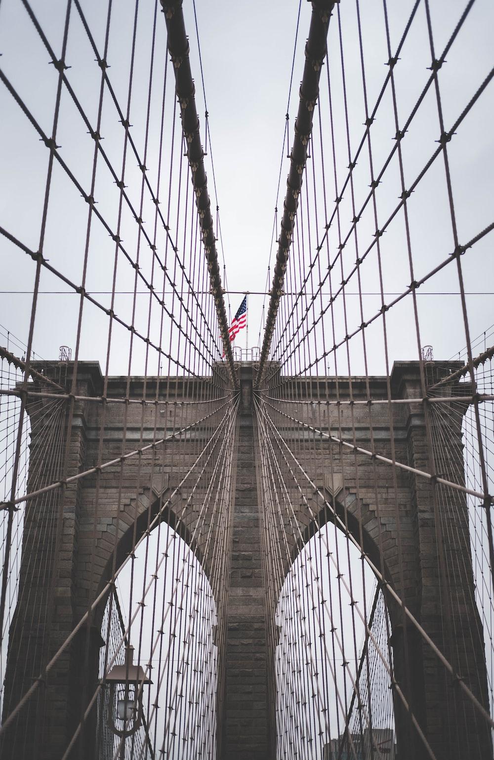 closeup photo of Brooklyn Bridge