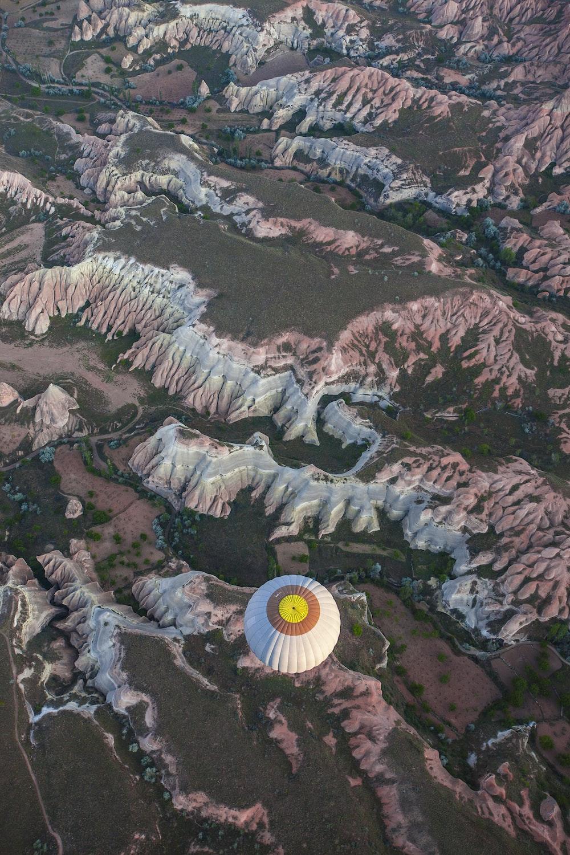 white air balloon