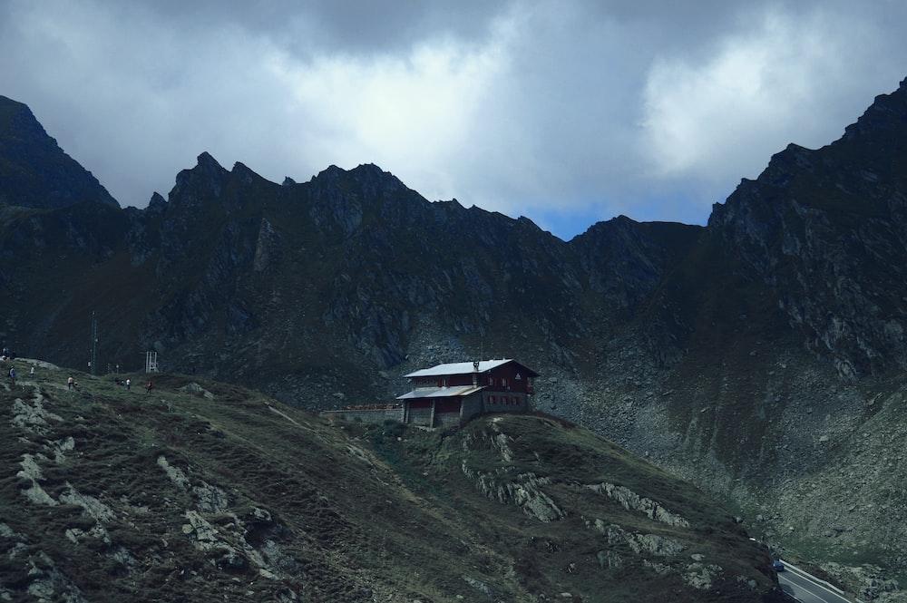 brown house on mountain