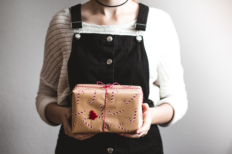 10 Reasons Why Handmade Gifts Are the Best