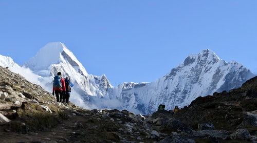 10 Rules For Surviving While Climbing Everest For The First Time