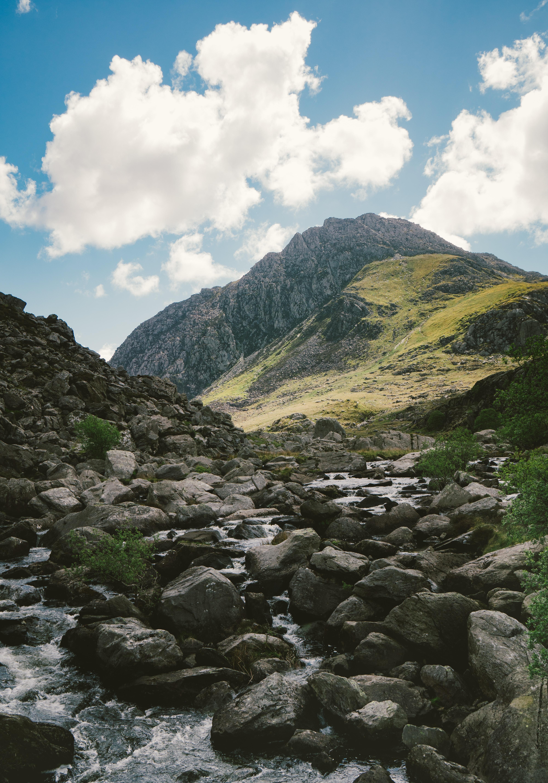 river through rocky mountains