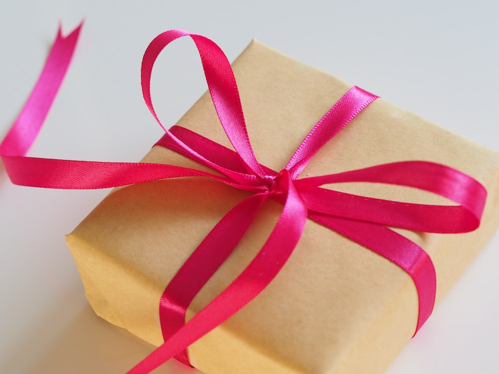100 gift pictures hd download free images on unsplash