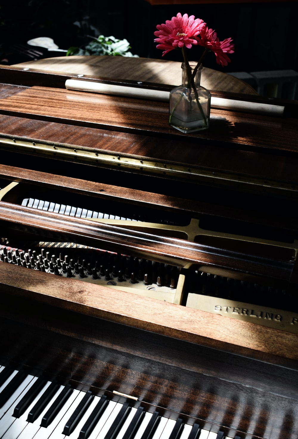 shallow focus of upright piano