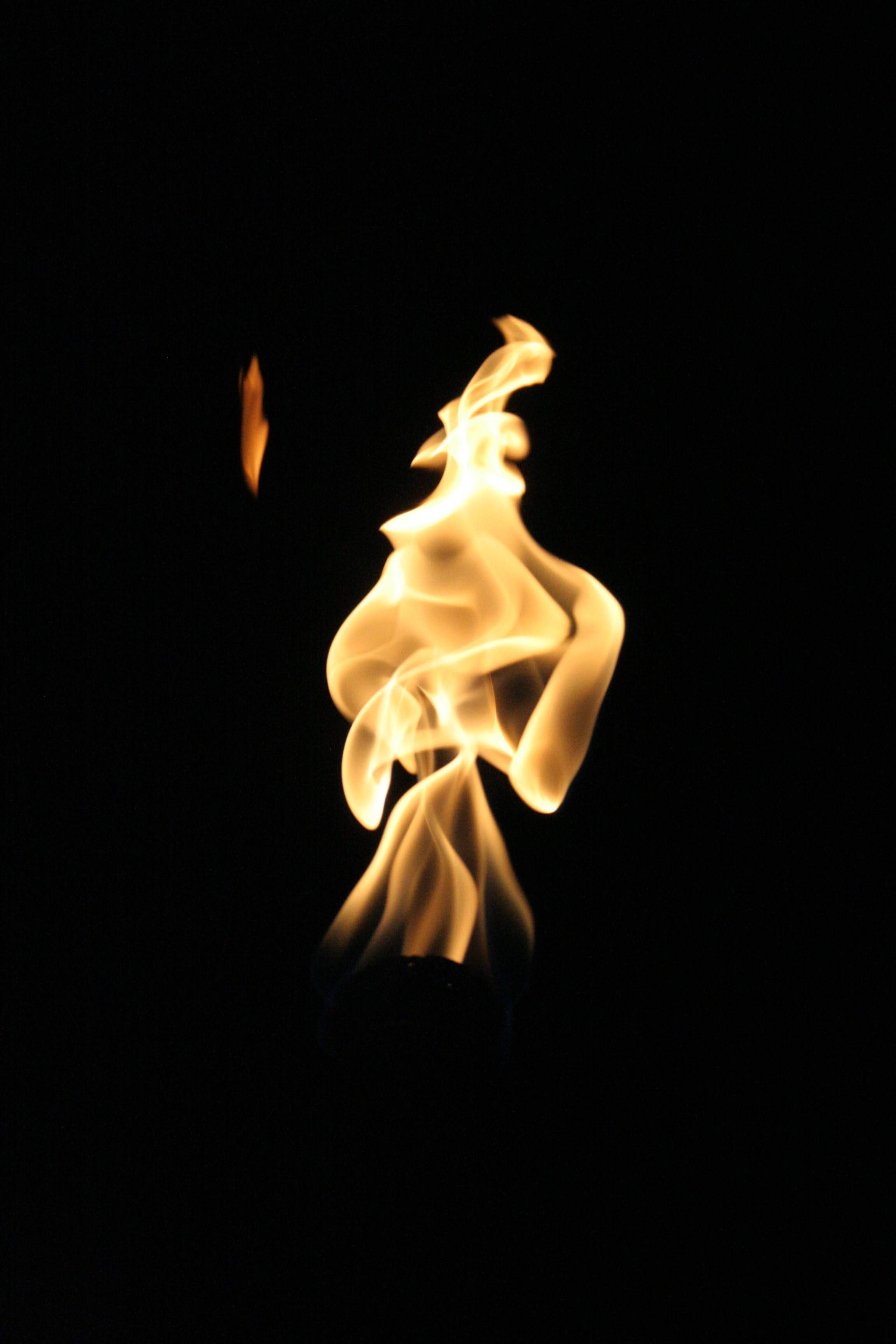 photo of yellow fire wallpaper