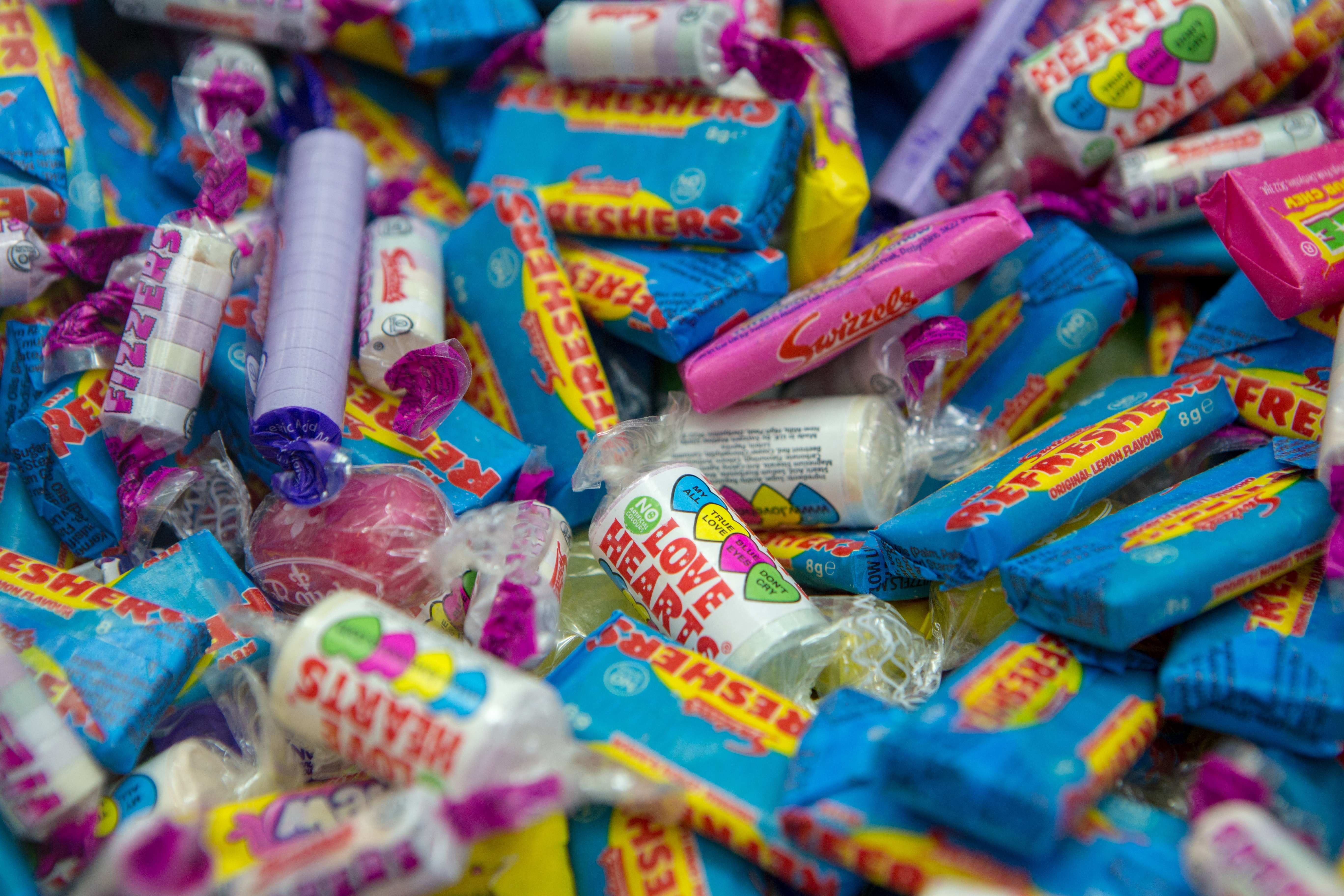 assorted-flavour candies lot