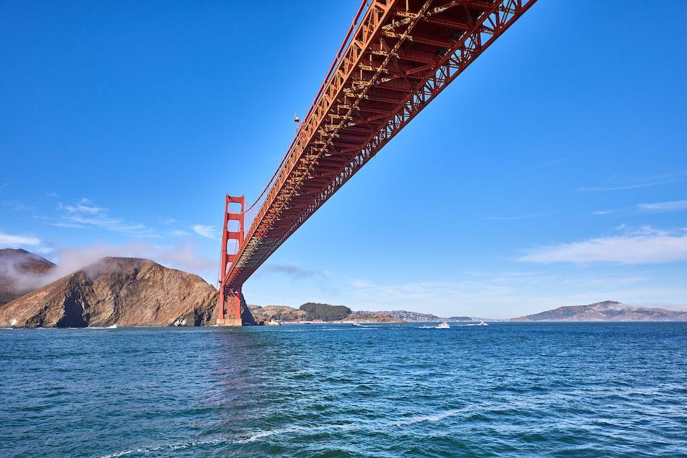 sea under the bridge