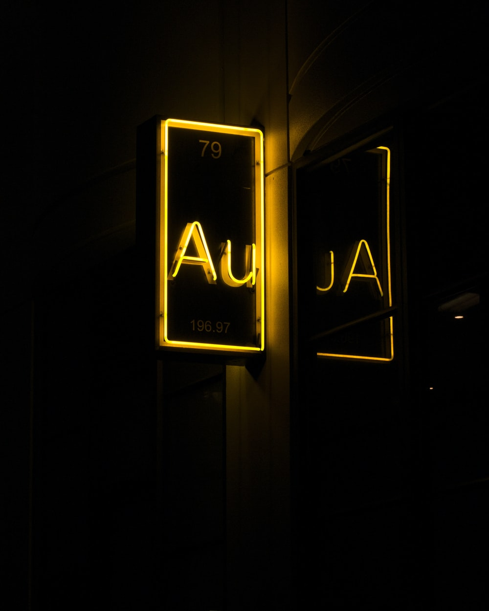 yellow Au neon light signage