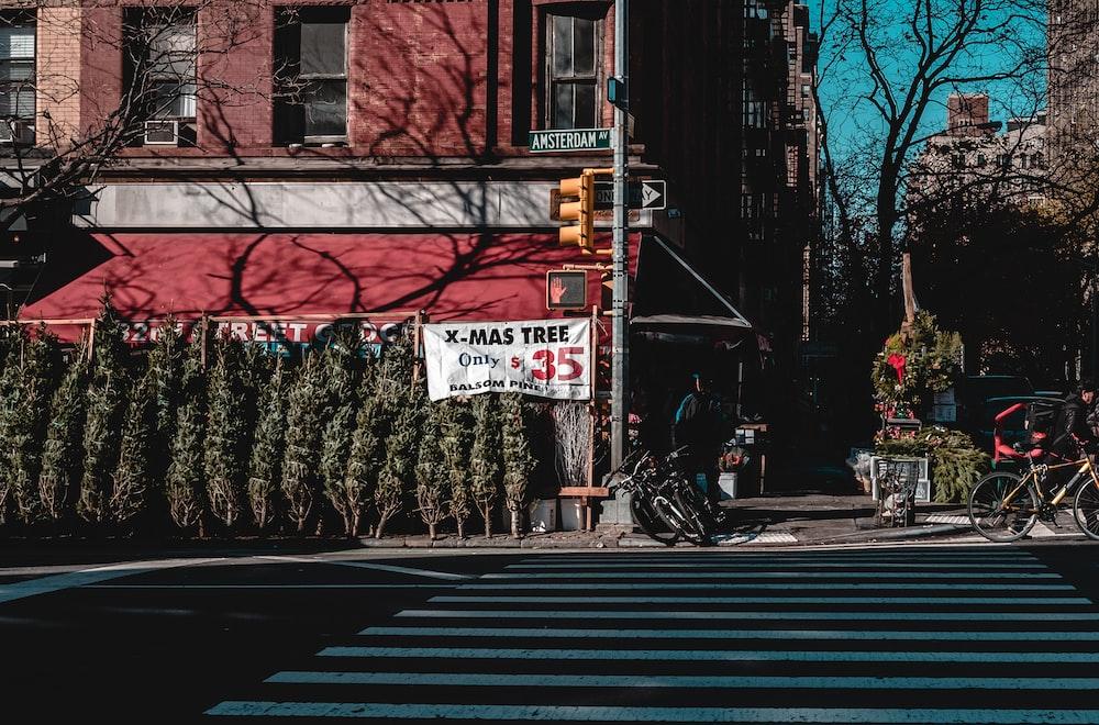 pedestrian lane photo