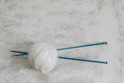 Knitting Needles & Yarn