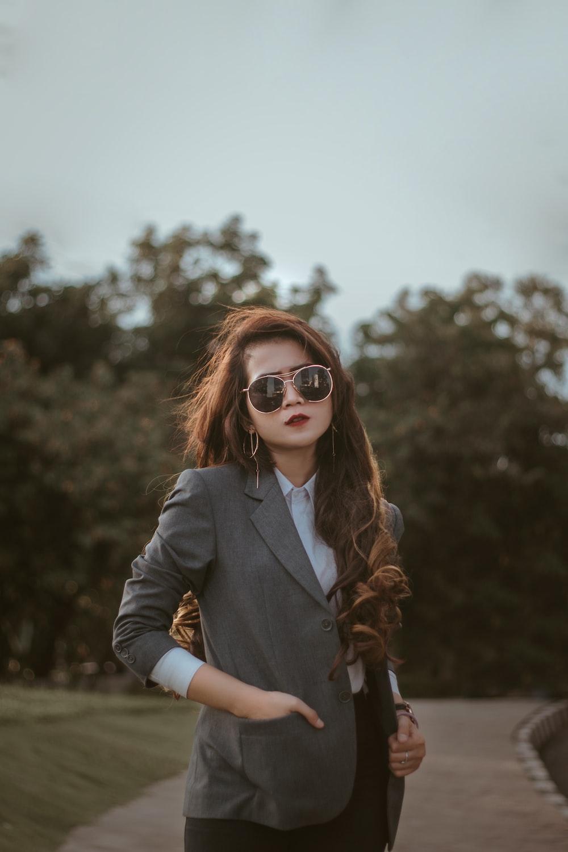 women's gray notched lapel suit jacket