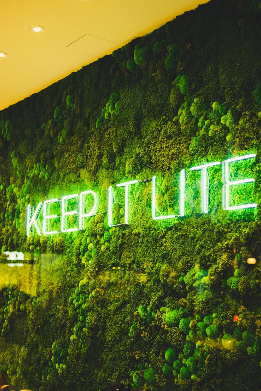 green Keet It Lite LED sigange