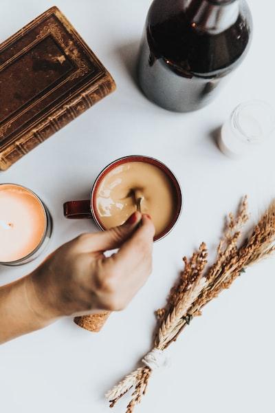 4173. Kávé
