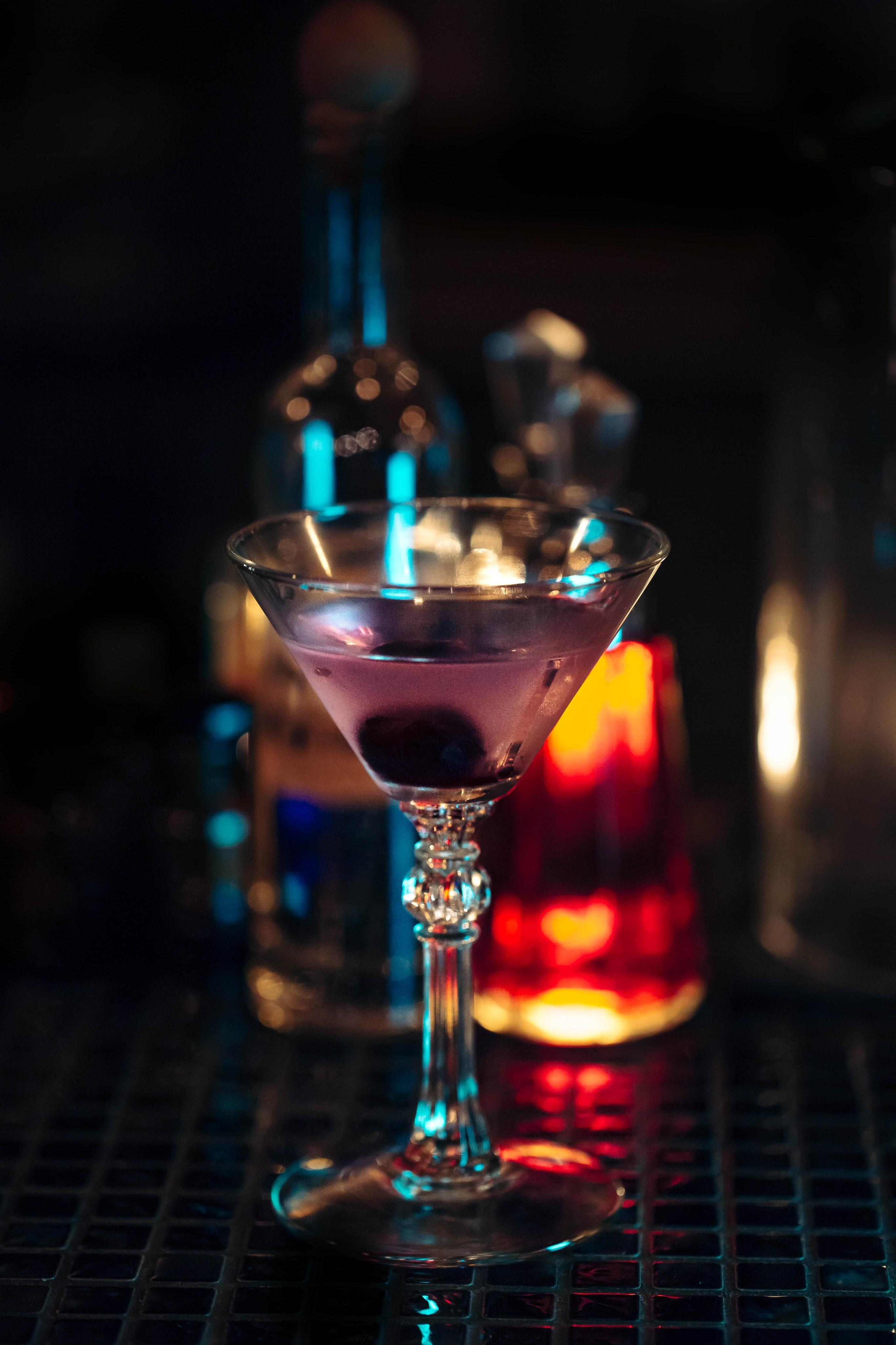 Gallery Image 4 - Martini
