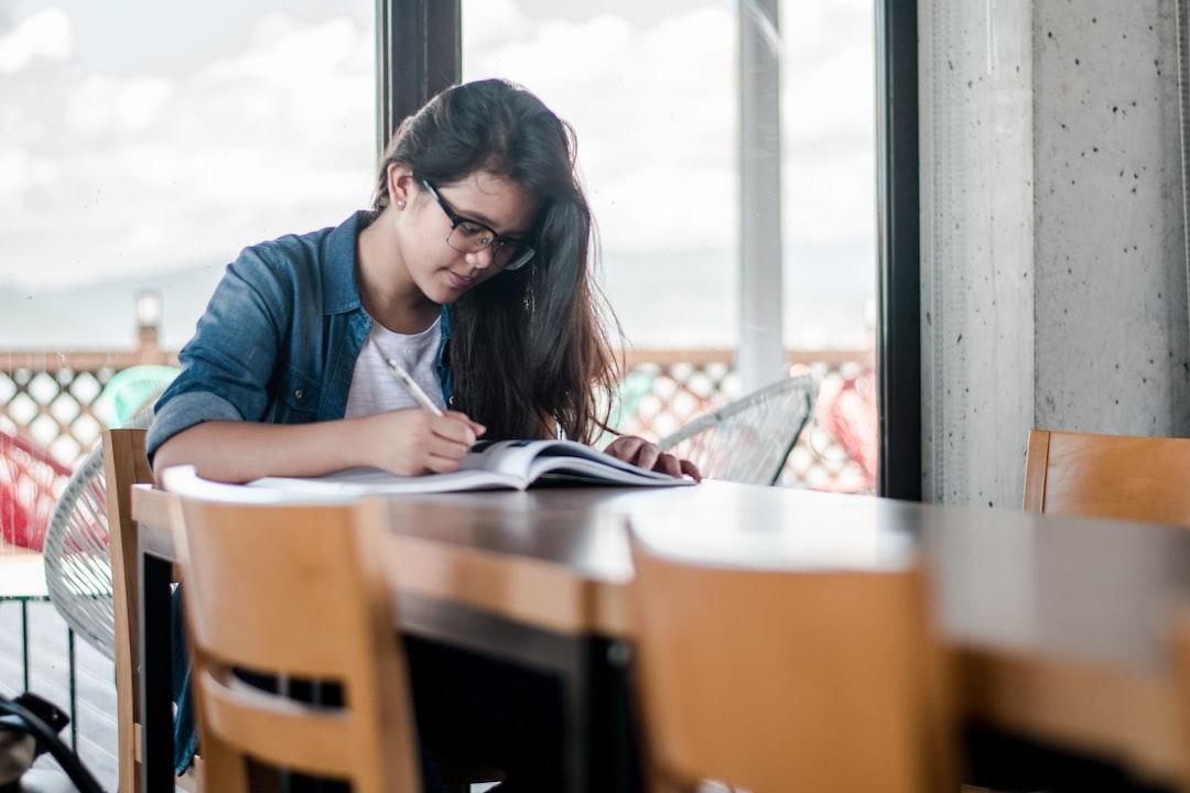 『大学一年で単位落としたらどうなる?デメリットと対策を徹底解説!』の画像