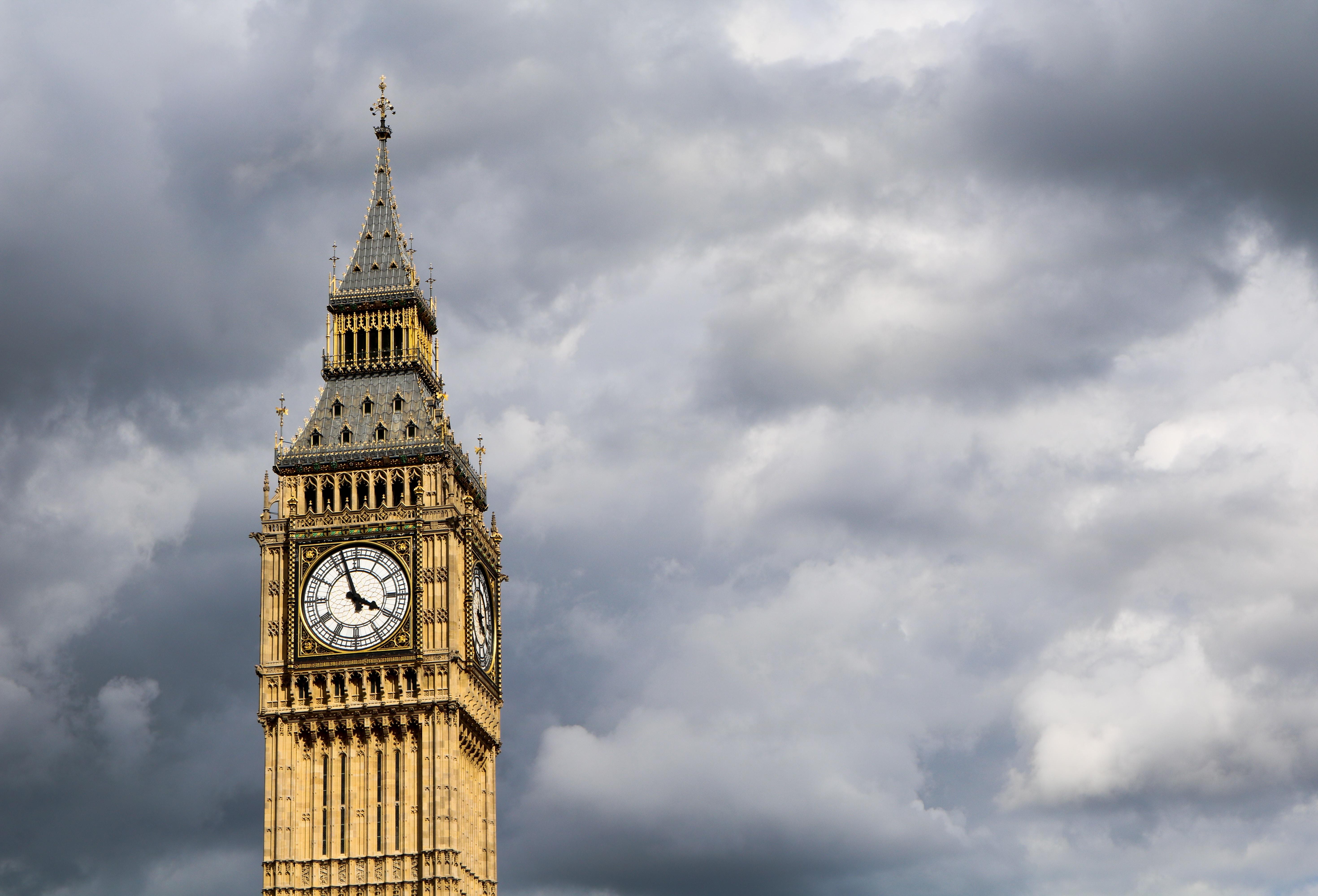 Big Ben, London during cloudy daytime