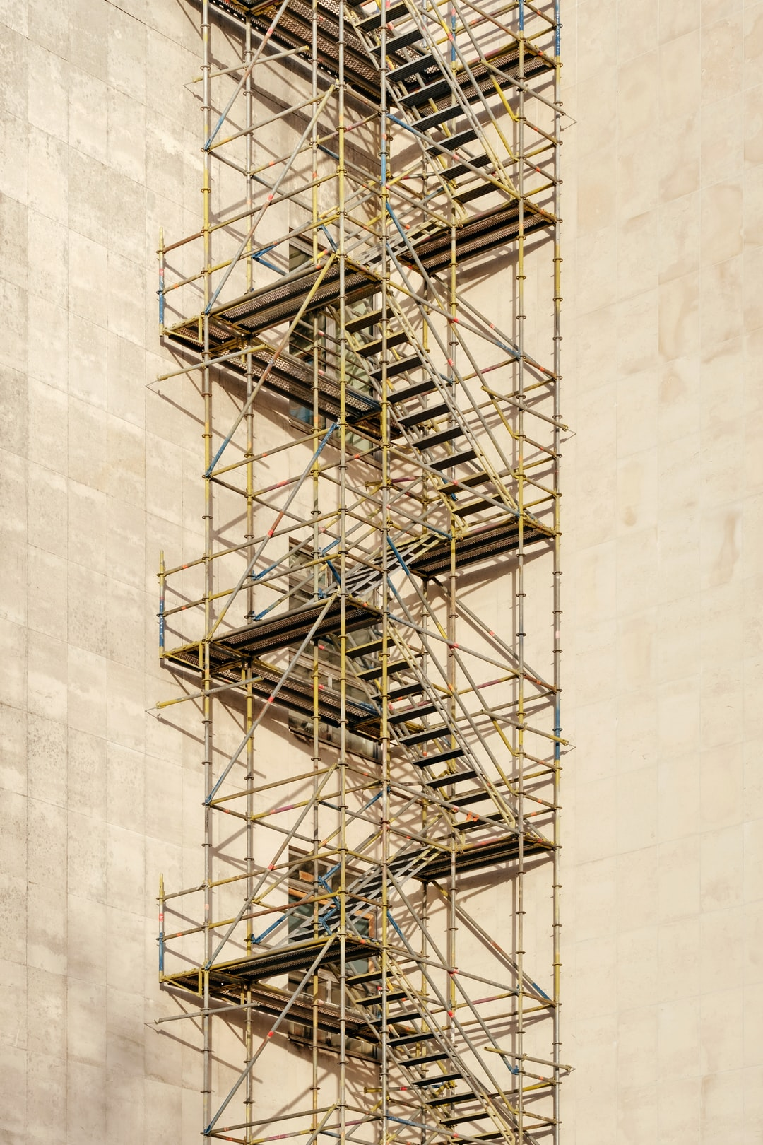 Scaffold Pictures Hq Download Free Images On Unsplash