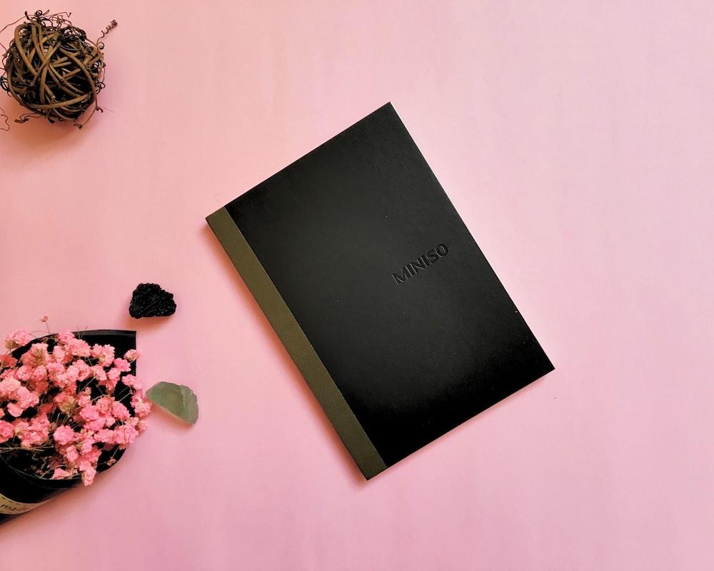 black Miniso book