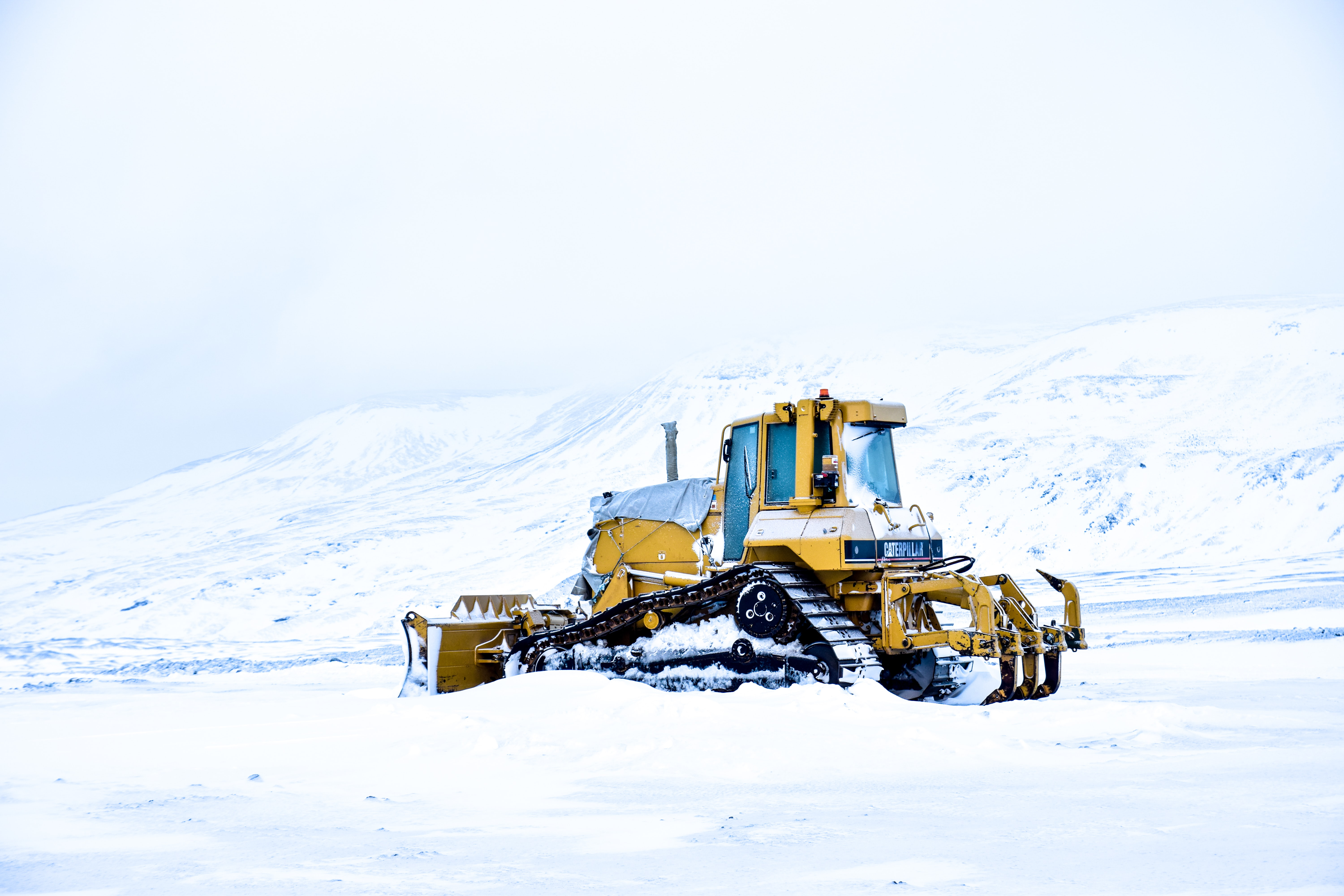 pay loader on snow field