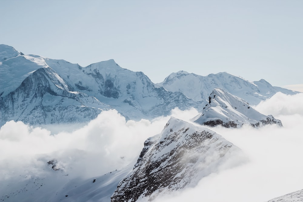 Snow Mountain Pictures [Stunning!] | Download Free Images on Unsplash