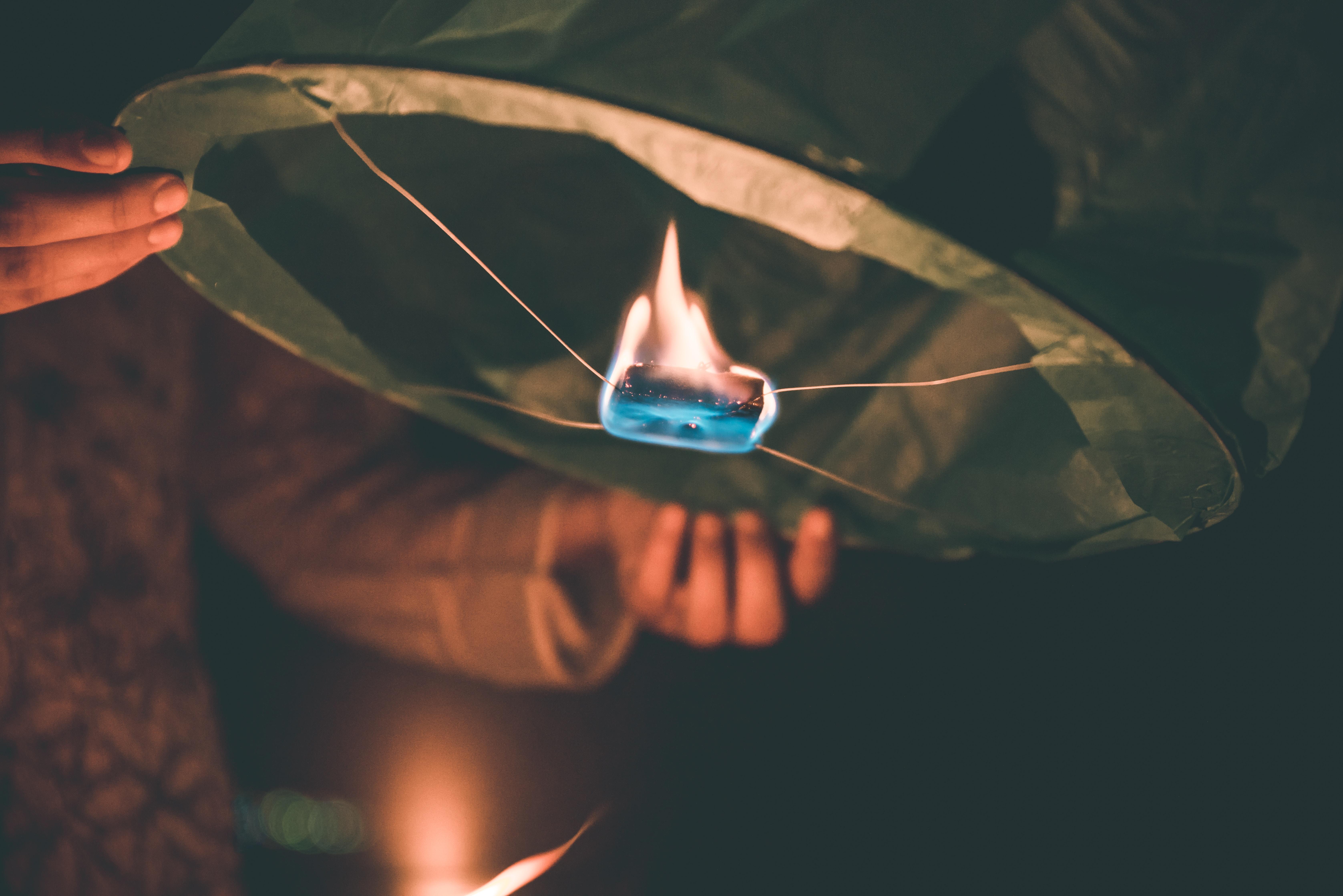 closeup photo of black lantern