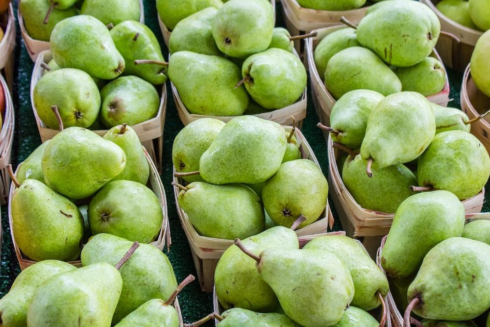 green pear fruits