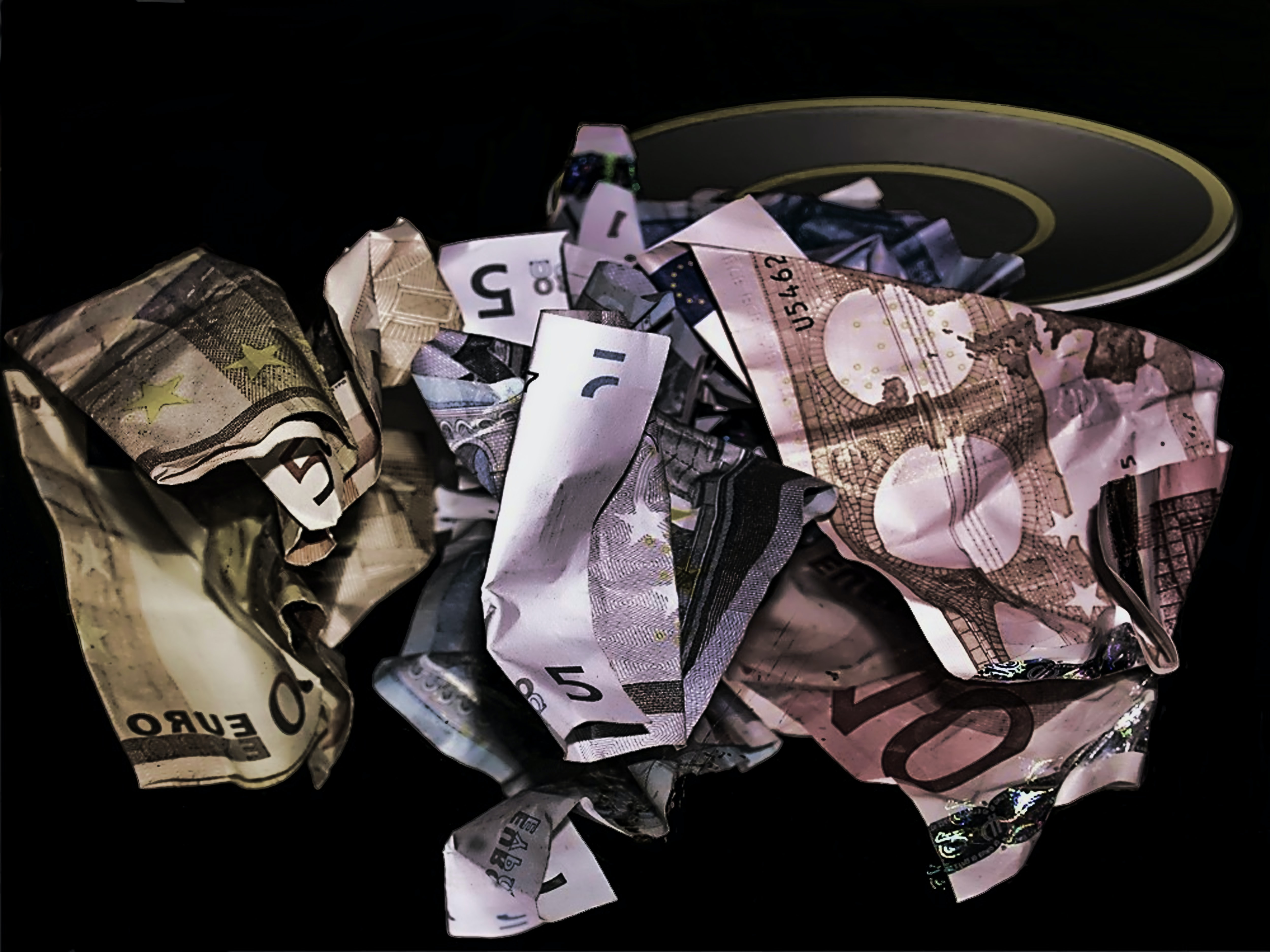 assorted banknotes