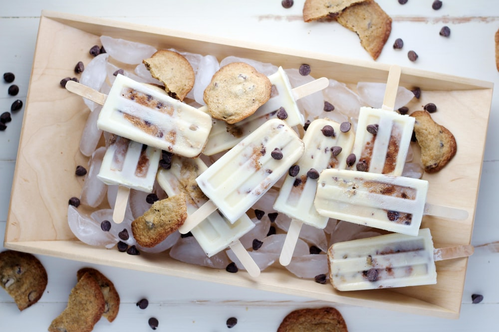 chocolate chip cookie popsicles