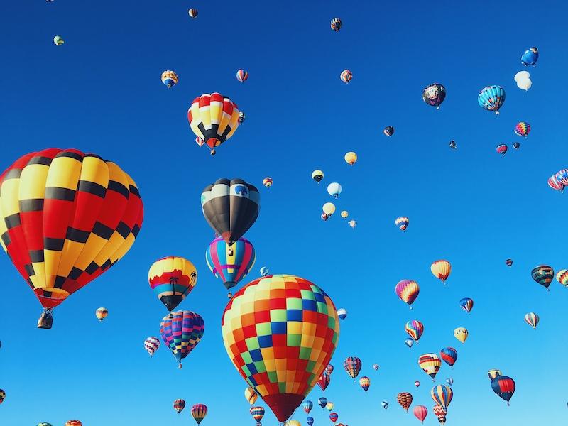 Fly a hot air baloon