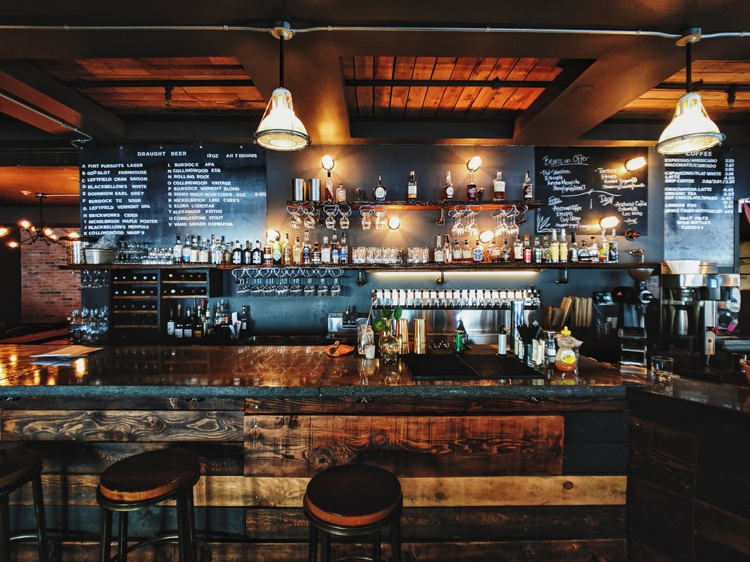 20 Best Free Bar Pictures On Unsplash