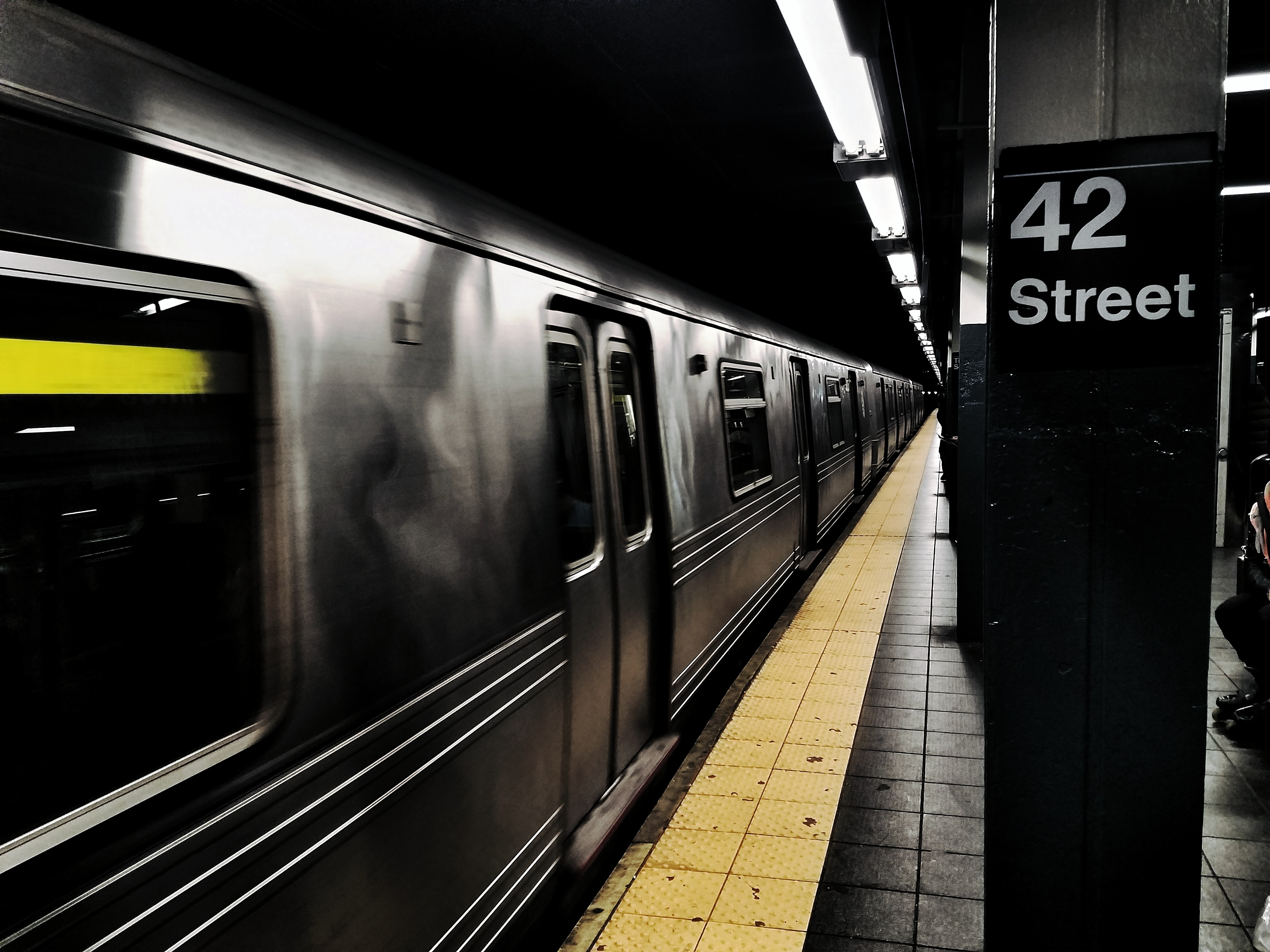shallow focus of subway