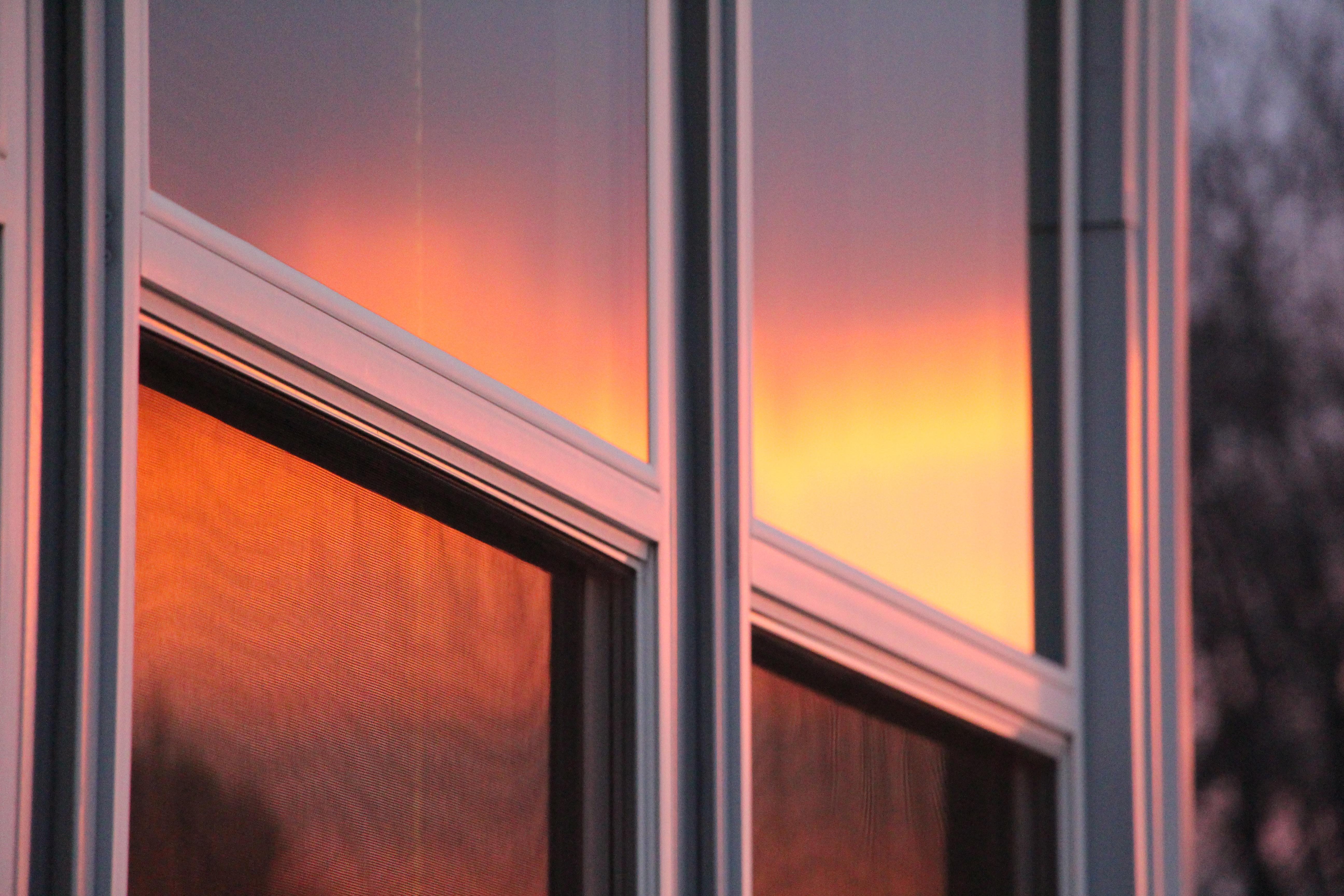 closeup photo of window