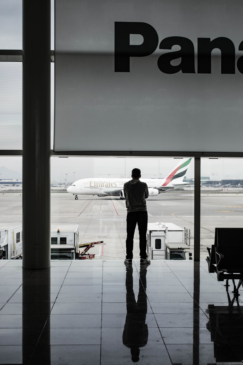 man facing white airline