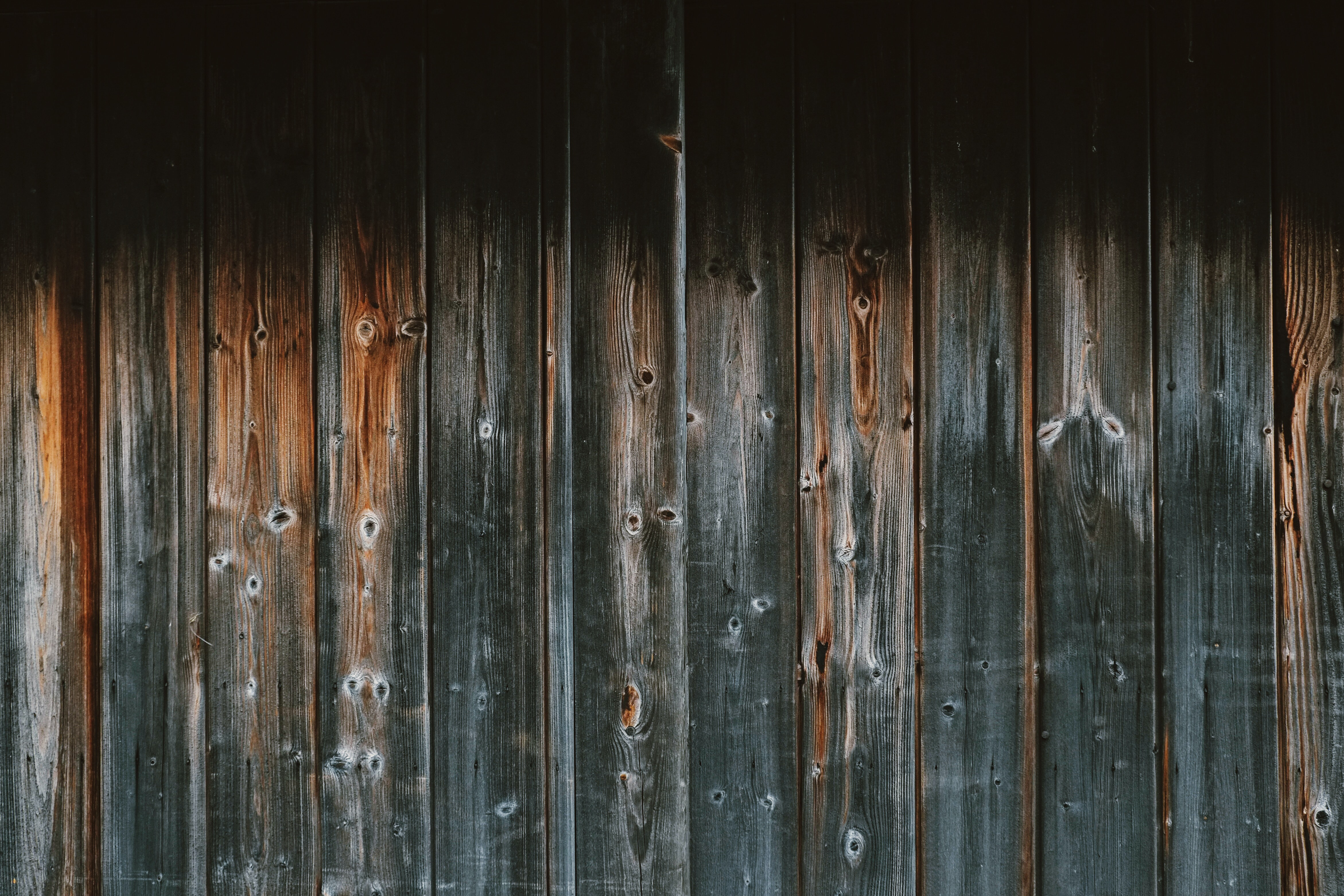 gray and brown wooden plank