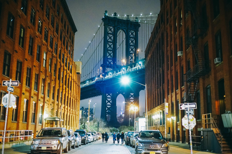landscape photography of Brooklyn bridge at night