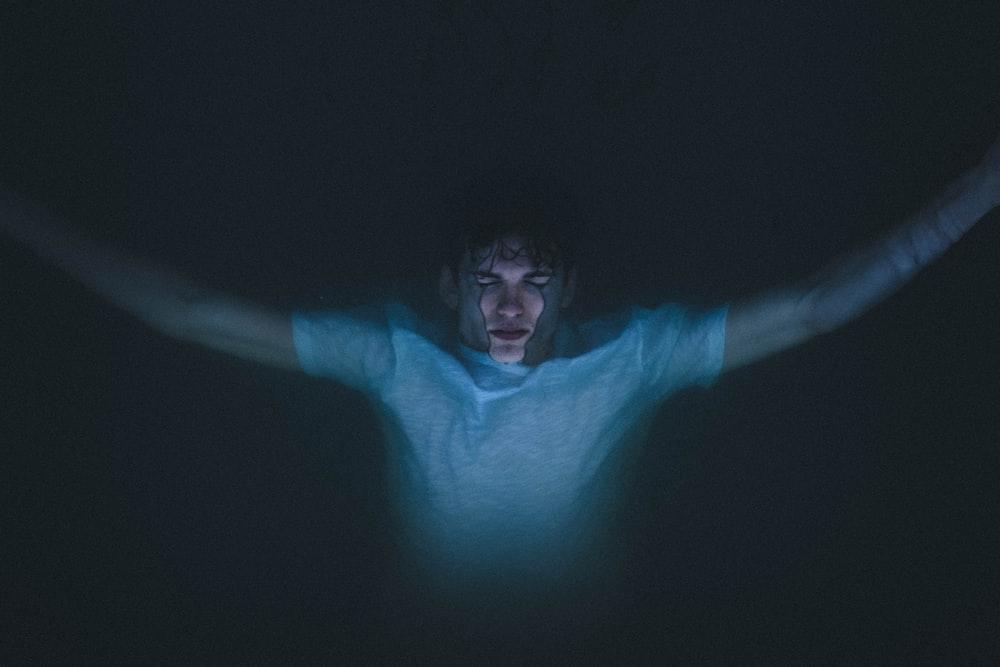 underwater photorgaphy of man
