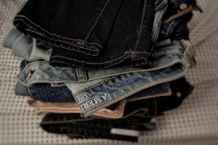 Oto ważny powód dlaczego ZAWSZE powinnaś prać nowe ubrania zanim je założysz
