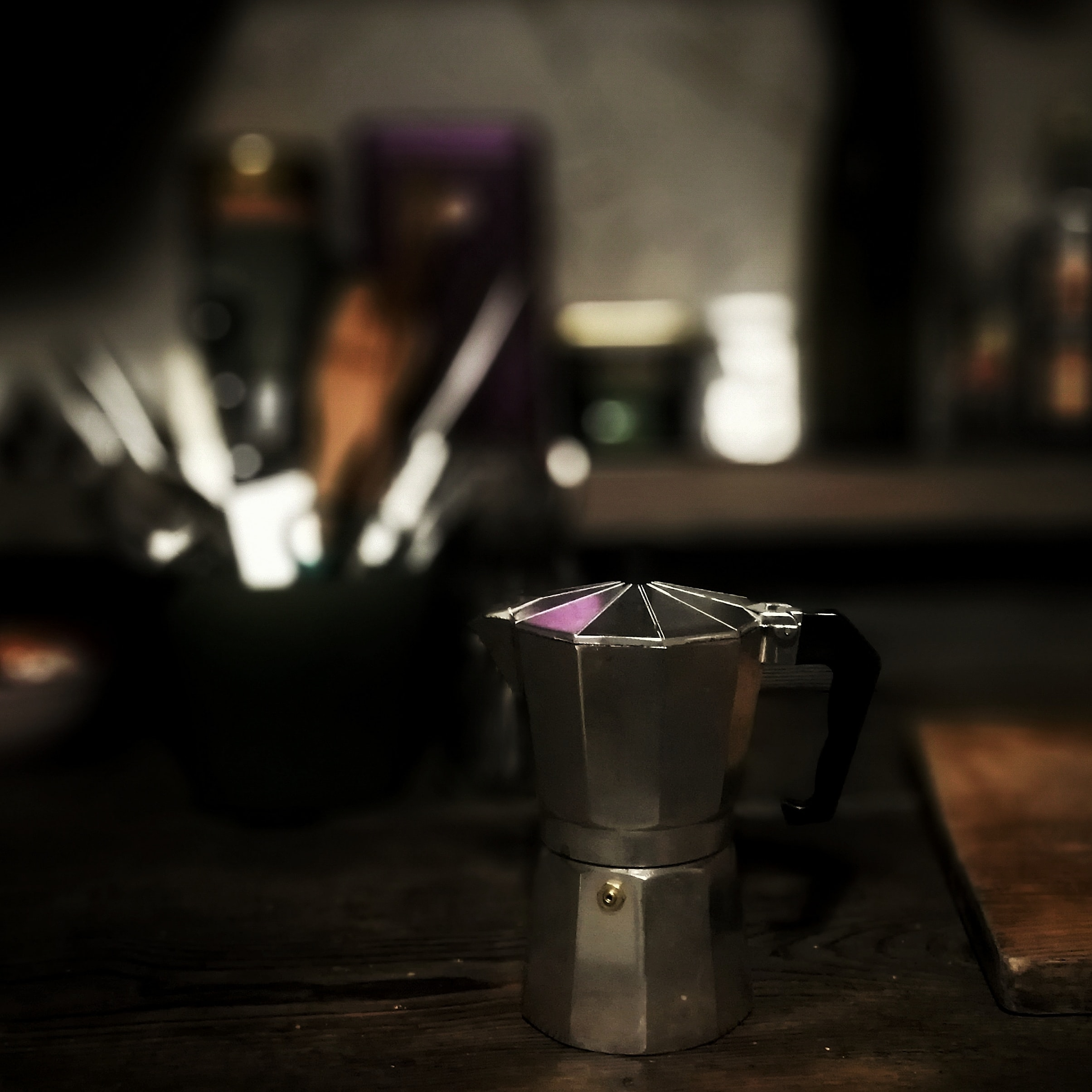 selective focus of gray mokka pot