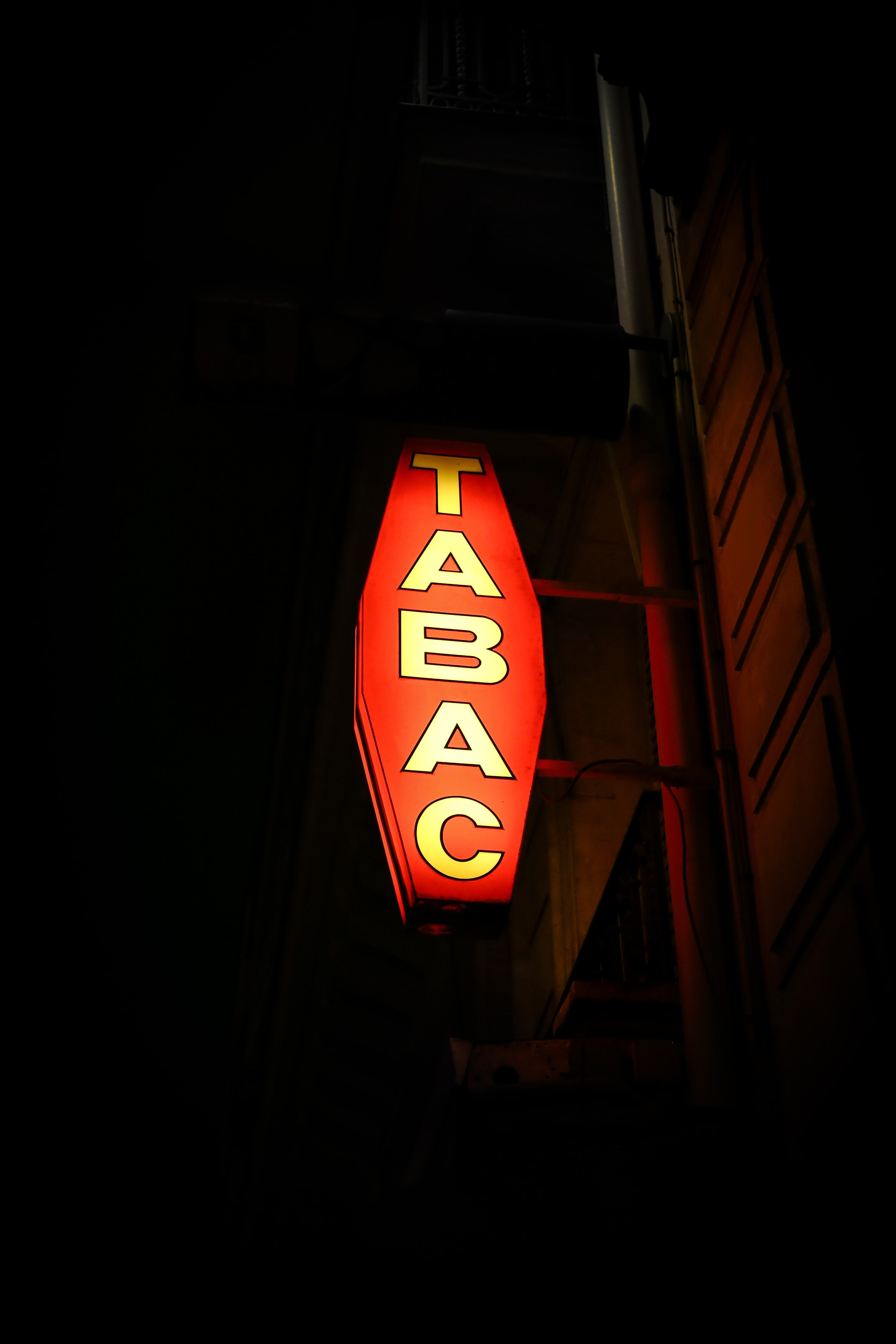 Tabac sign