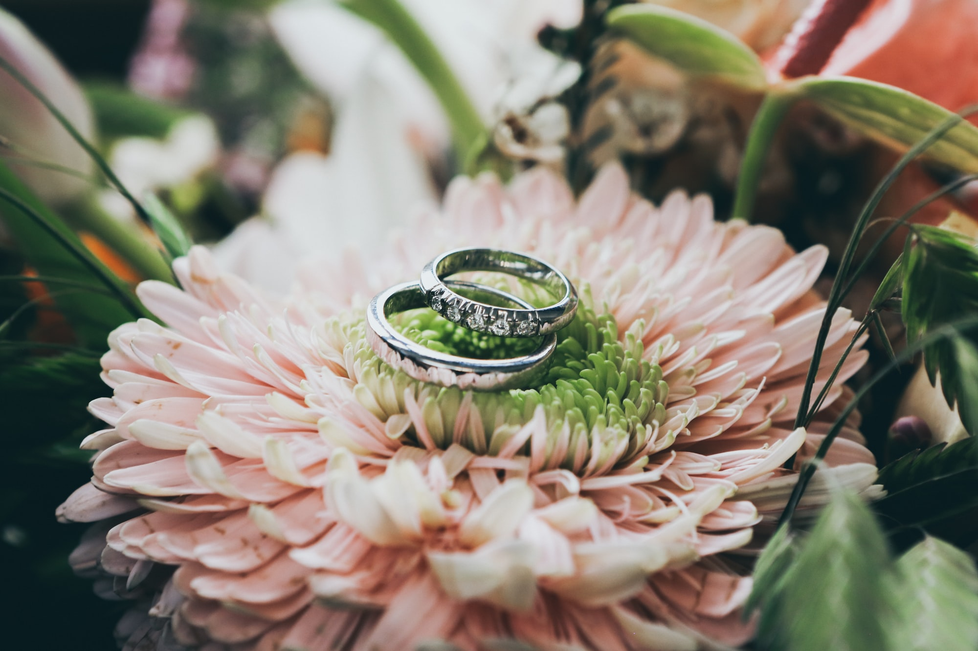 5 easy tips to use when writing your wedding vows
